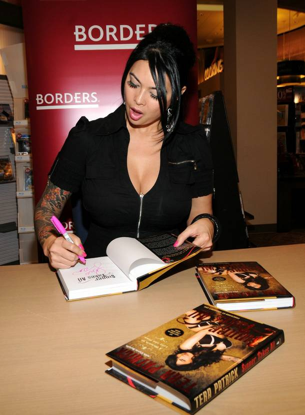 Tera Patrick signs her book Sinner Takes All at Borders in Town Square on Jan. 8, 2010.