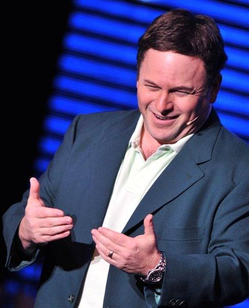 Jason Alexander stars as Donny Clay in <em>The Donny Clay Experience</em> at Planet Hollywood on Feb. 12, 2010.