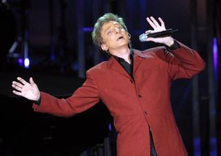 Barry Manilow kicks off his Live 2002! tour during the first of four sold-out shows at the Storm Theatre at the Mandalay Bay hotel-casino Thursday, December 13, 2001. The tour promoted his album