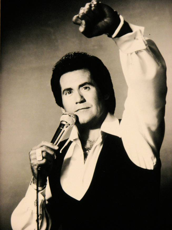 Wayne newton song list