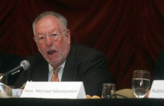 Las Vegas Mayor Oscar Goodman talks about issues affecting the country and the community with students from 38 local high schools during a question-and-answer portion of a Mayor's Prayer Breakfast and Youth Town Hall Meeting at Texas Station Casino on Thursday.