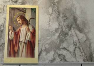 Antonia Baker says the image of Jesus is visible in tiles in her home.