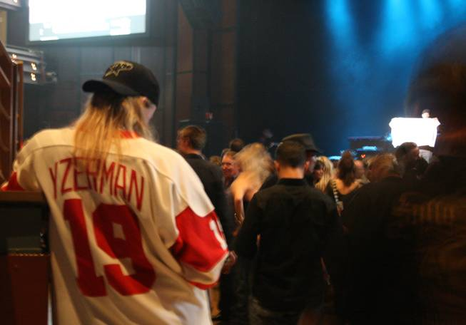 10:30 p.m.: Detroit Red Wings jerseys appeared to be the unofficial rock fan uniform at Detroit resident Kid Rock's concert at the Pearl.