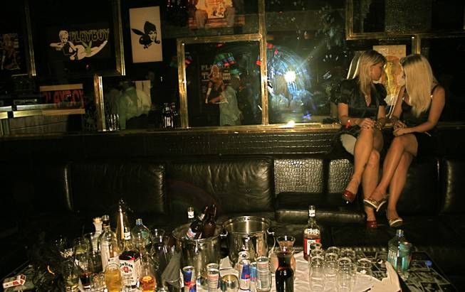 <p>2:40 a.m.:  Kid Rock and his entourage left a wake of mostly-empty bottles and a pair of pretty blondes after the Detroit rocker left the New Year's Eve party at Playboy Club.</p>