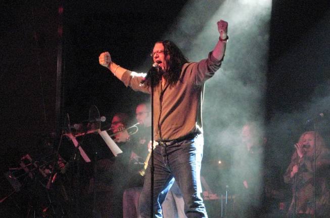 "Penn Jillette performs The Beatles' ""Come Together"" with the Lon Bronson All-Star Band at Green Valley Ranch on Jan. 29, 2009."