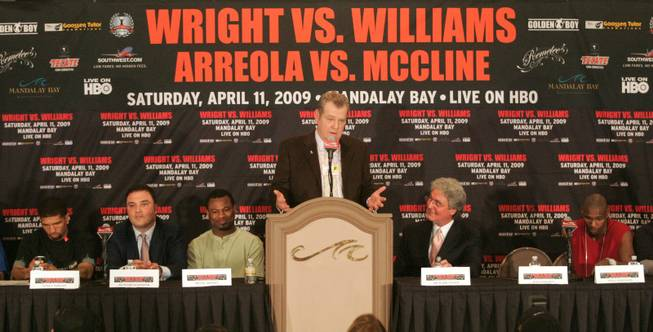 Paul Williams vs. Winky Wright