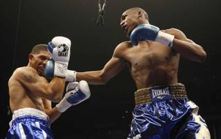 Paul Williams lands on the 1,000-plus punches he threw at Winky Wright in his unanimous victory Saturday night at the Mandalay Bay Events Center.