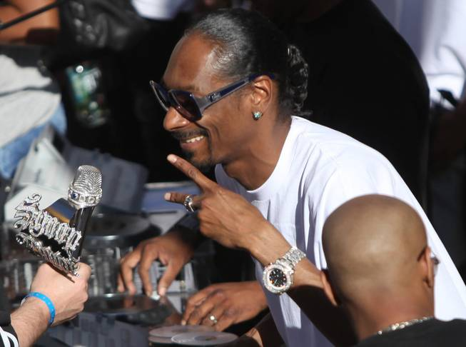 Rehab Opens With Snoop Dogg