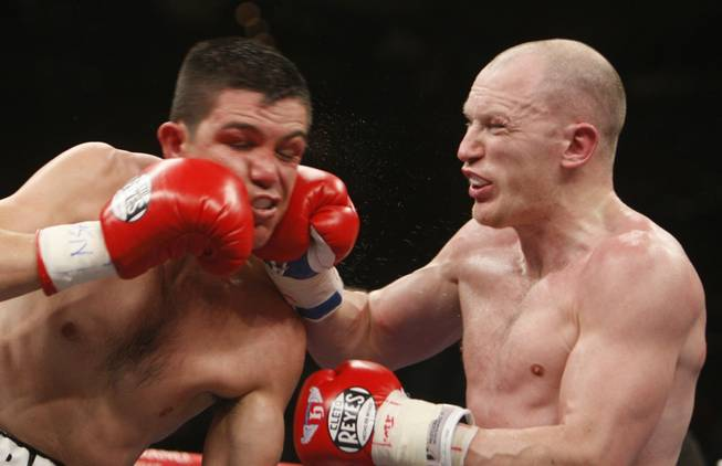 Matthew Hatton, right, of Britain lands a punch Ernesto Zepeda of Mexico during a welterweight fight at the MGM Grand Garden Arena in Las Vegas, Nevada May 2, 2009. Hatton won the fight by unanimous decision.