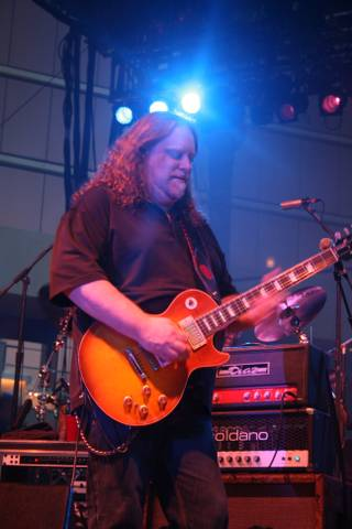 Guitarist Warren Haynes.