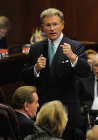 Nevada Sen. Randolph Townsend, R-Reno, speaks on the floor in the Senate chambers at the Legislature in Carson City.
