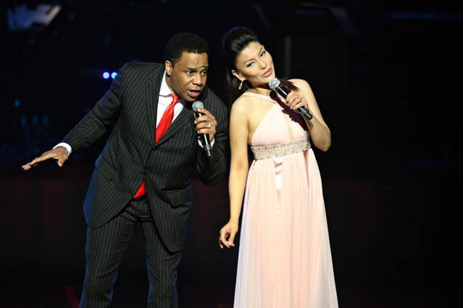 "Earl Turner and Lani Misalucha perform in the Golden Rainbow's 23rd Annual ""Ribbon of Life"" show at the Las Vegas Hilton on Sunday."