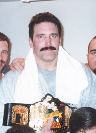 In his UFC debut, Dan Severn advanced straight to the UFC 4 finals when the eight-man tournament format was still in place. Severn lost to Royce Gracie in the final match but returned to win it all at UFC 5. In addition to being one of the five members that currently make up the UFC Hall of Fame, Severn was also a successful collegiate wrestler, U.S. Olympic alternate and WWF wrestler.