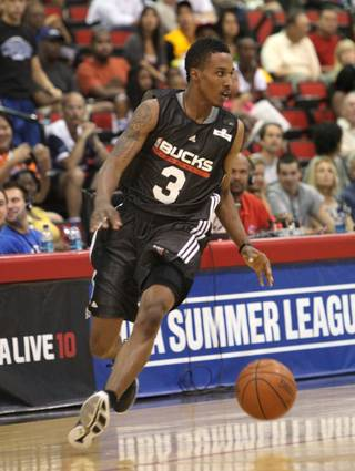 A look at Brandon Jennings' debut Friday at the 2009 NBA Summer League in the COX Pavilion.
