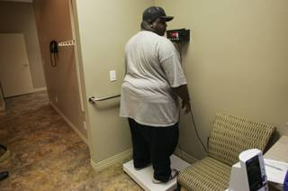 Vincent Daswell topped out at 380 pounds in early 2008. He was 376.3 pounds by that May, when he had gastric band surgery.