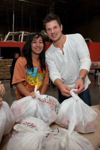 Nick Lachey visits Three Square food bank during his Winnit.com's Everybody Wins Tour.
