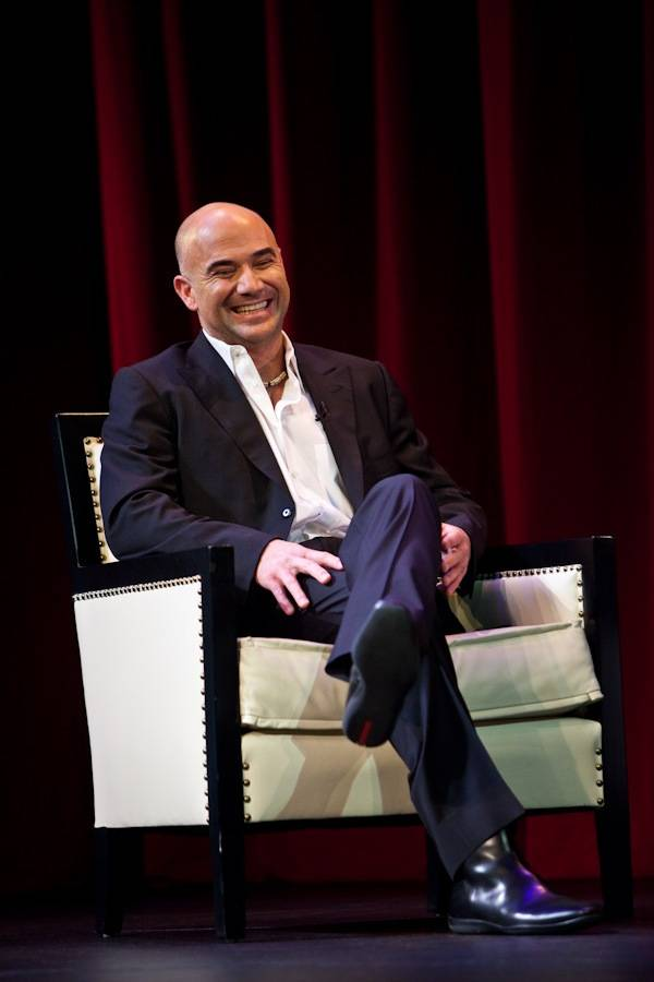 Andre Agassi discusses his memoir <em>Open: An Autobiography</em> in the Encore Theater at the Wynn on Nov. 9, 2009.