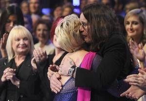 Kelly Osbourne receives a hug from dad Ozzy Osbourne on the Season 9 finale of ABC's <em>Dancing With the Stars</em>.