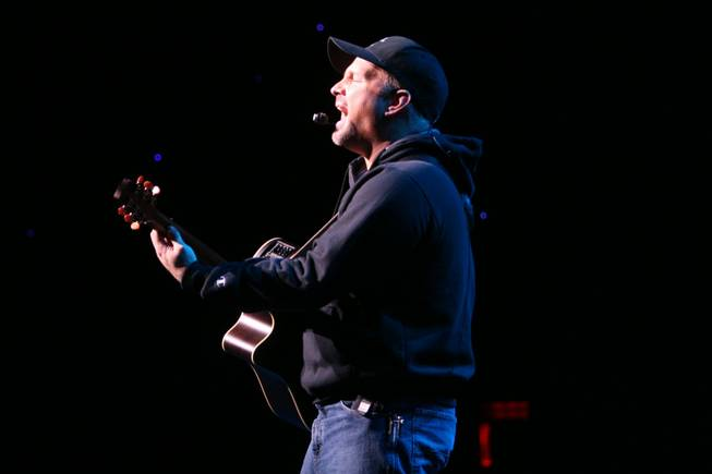 Garth Brooks performs at Encore Theater in the Wynn on Dec. 12, 2009.