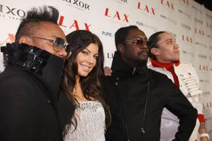 NYE 2009: The Black Eyed Peas @LAX, 50 Cent @Pure