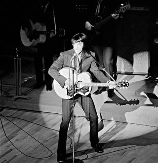 Elvis on stage at the International.