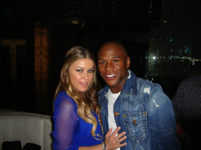 Carmen Electra and Floyd Mayweather Jr. at Eve Nightclub in ...