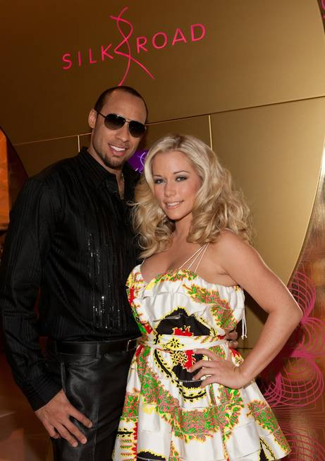 Hank Baskett and Kendra Wilkinson at Silk Road in Vdara ...