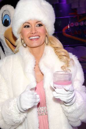 Holly Madison Photo Shoot at Minus 5