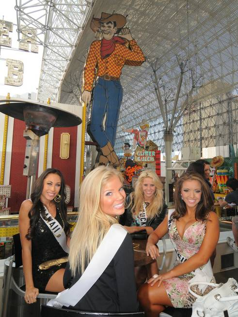 2010 Miss USA Pageant contestants at the Golden Nugget on ...