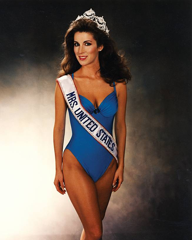 While at UNLV, Alicia Jacobs was named Mrs. USA.