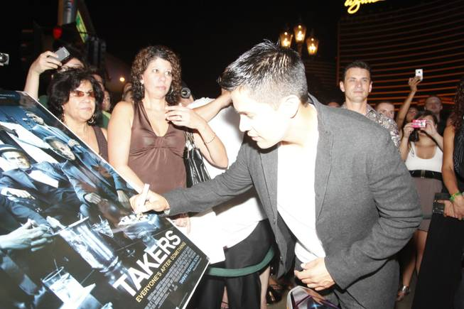 Jay Hernandez at the Las Vegas premiere of <em>Takers</em> at ...