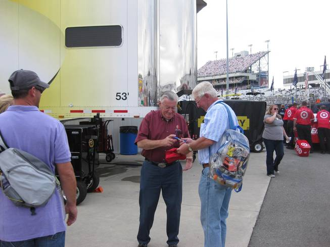 The highlight of my weekend was seeing Bobby Allison signing a few autographs in the infield.