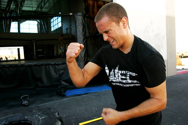 Mark Hominick works out for an upcoming fight Tuesday, September 21, 2010.