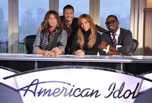Steven Tyler, Ryan Seacrest, Jennifer Lopez and Randy Jackson.