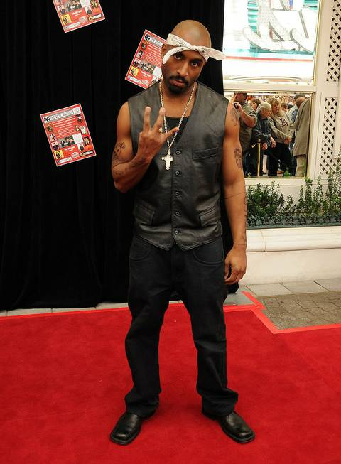 The 2011 Celebrity Impersonators Awards red carpet at the Golden ...
