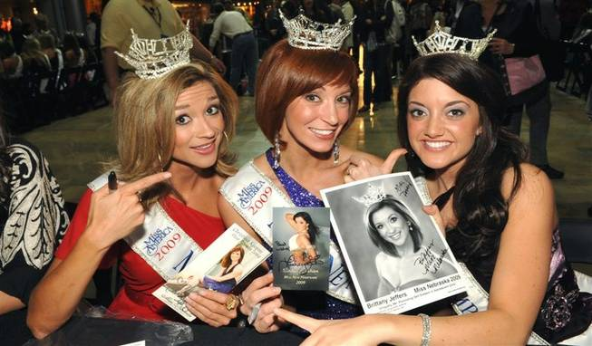 2010 Miss America Pageant: Fashion Show
