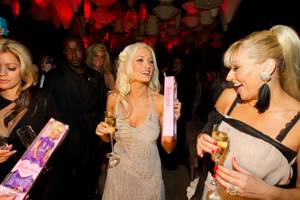 Holly Madison Hosts at Blush