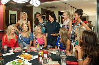 Chef Kerry Simon with 2011 Miss USA Pageant contestants at Kerry's Gourmet Burgers at Harrah's.