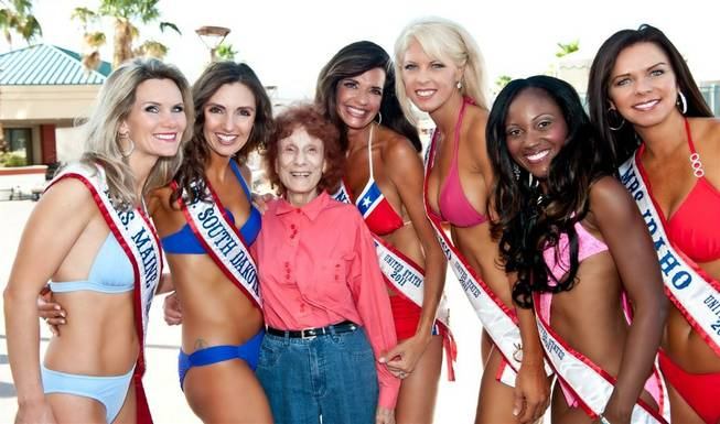 The 2011 Mrs. United States Pageant contestants in swimwear at ...