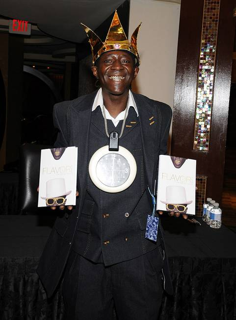 Flavor Flav's book signing of <em>Flavor Flav: The Icon, The ...