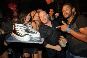 Noah Tepperberg, second from right, is joined by Maxwell, right, for his birthday celebration at Tao in the Venetian on Aug. 13, 2011.