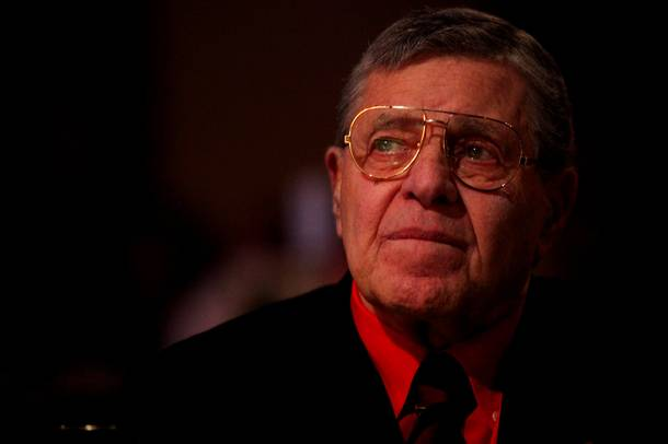 Jerry Lewis listens as he is presented with the Nevada Broadcasters Association Lifetime Achievement Award at Red Rock Resort on Saturday, Aug. 20, 2011.