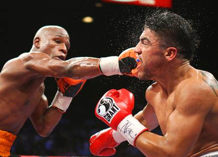 Mayweather Jr. knocks out Ortiz