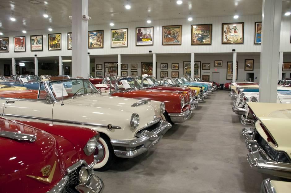 Давняя коллекция автомобилей на Лас-Вегас Стрип закрывает свои двери