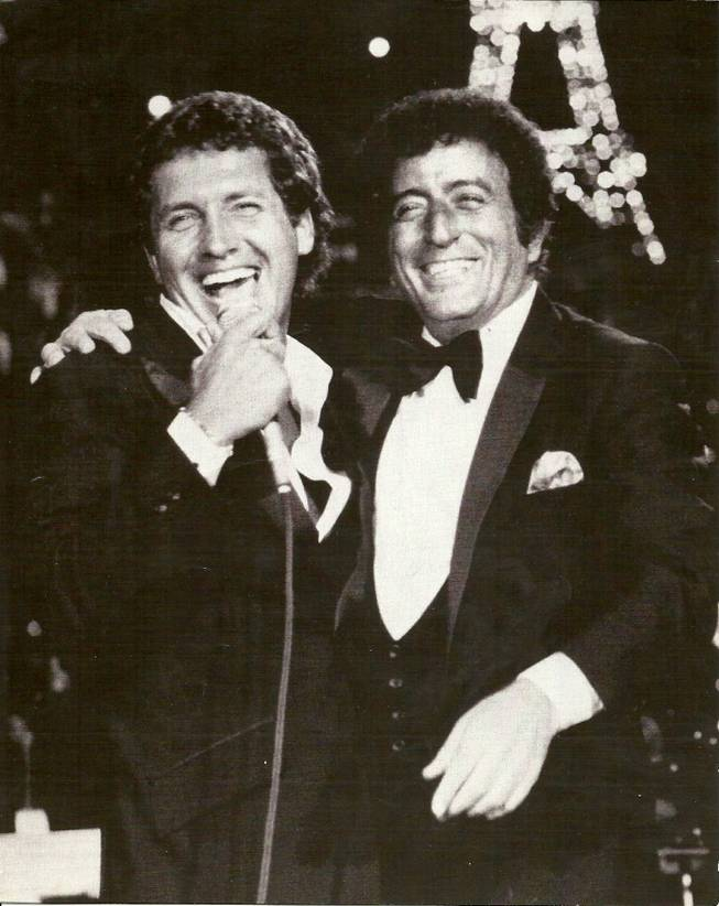 Bob Anderson onstage with Tony Bennett.