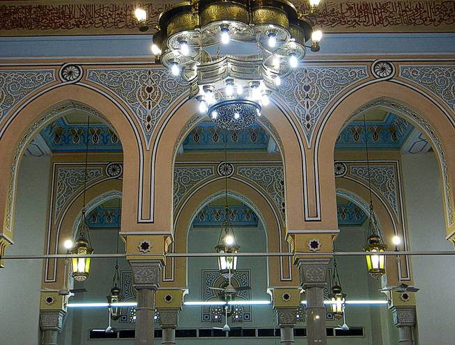 In Dubai, United Arab Emirates, Jumeirah Mosque offers tours to non-muslims every Saturday, Sunday, Tuesday and Thursday at 10am. December  2011.