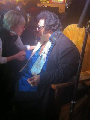 "Pete ""Big Elvis"" Vallee chats up a fan at Bill's Gamblin' Hall & Saloon."