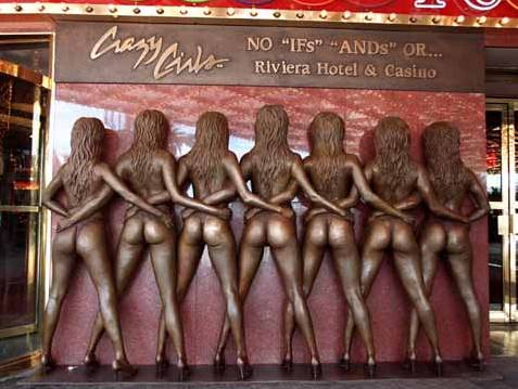 Crazy Girls bronze statue at the Riviera.