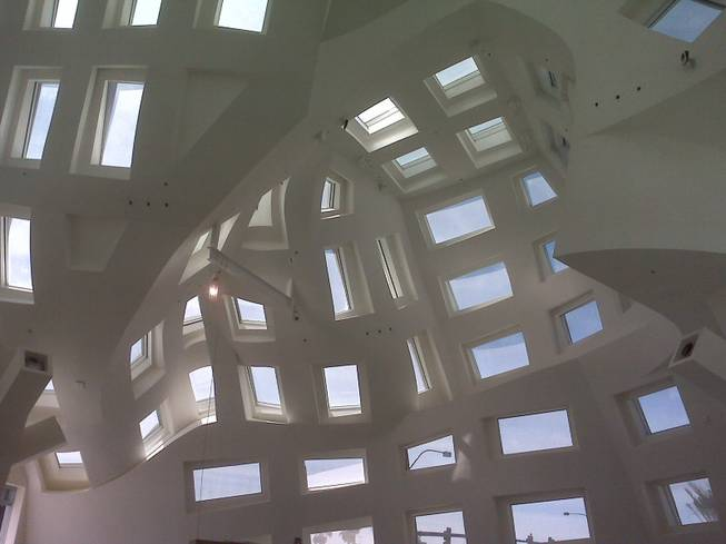The Cleveland Clinic Lou Ruvo Center for Brain Health,as seen from inside.