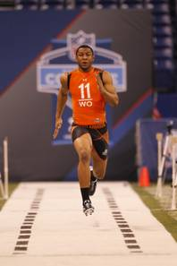 Arizona receiver Juron Criner runs a drill at the NFL football scouting combine in Indianapolis on Sunday, Feb. 26, 2012.